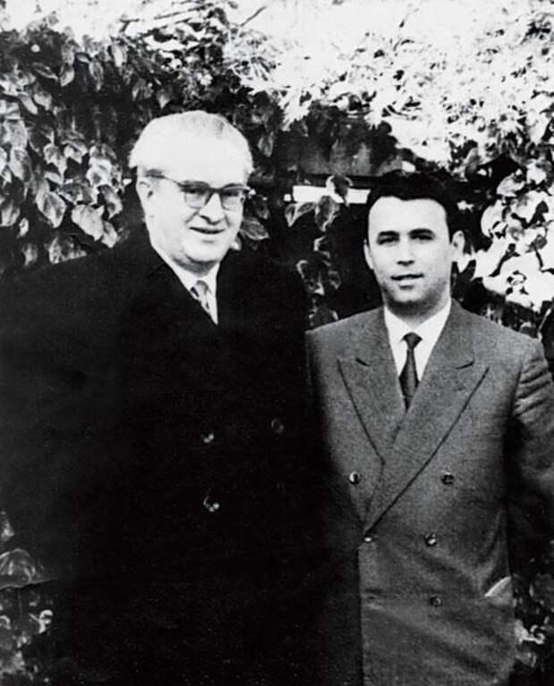 Как Хрущёв планировал стать президентом СССР