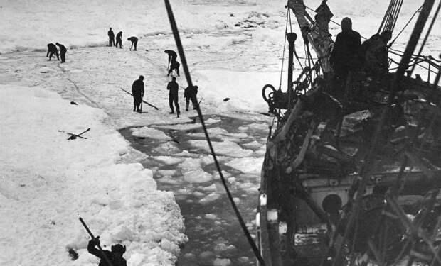 Невероятная история спасения моряков в Антарктике