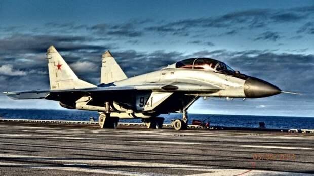 Российский МиГ-29К превзошел китайский истребитель J-31 пятого поколения