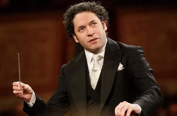 Главным дирижером Парижской оперы стал Густаво Дудамель