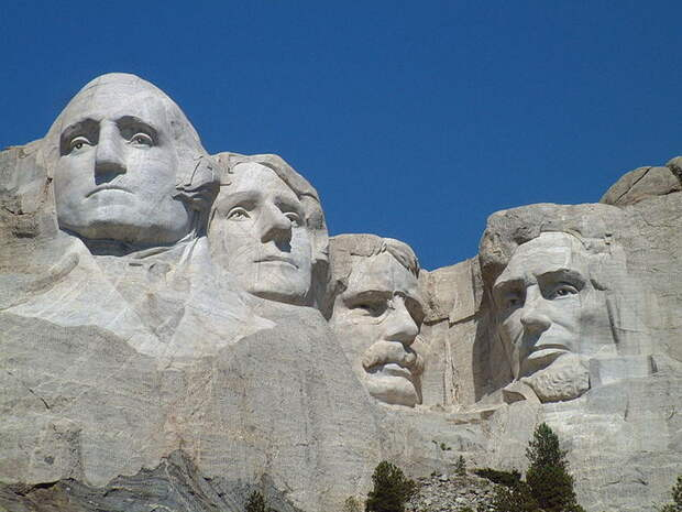 800px-Mount_Rushmore_National_Memorial (700x525, 78Kb)
