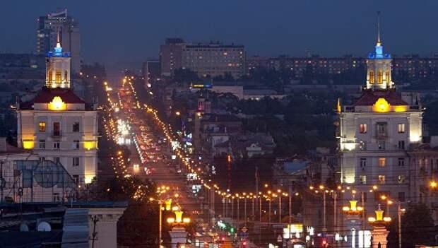 Два народа. Чем в Запорожье заняты чиновники с «активистами» и как живут люди