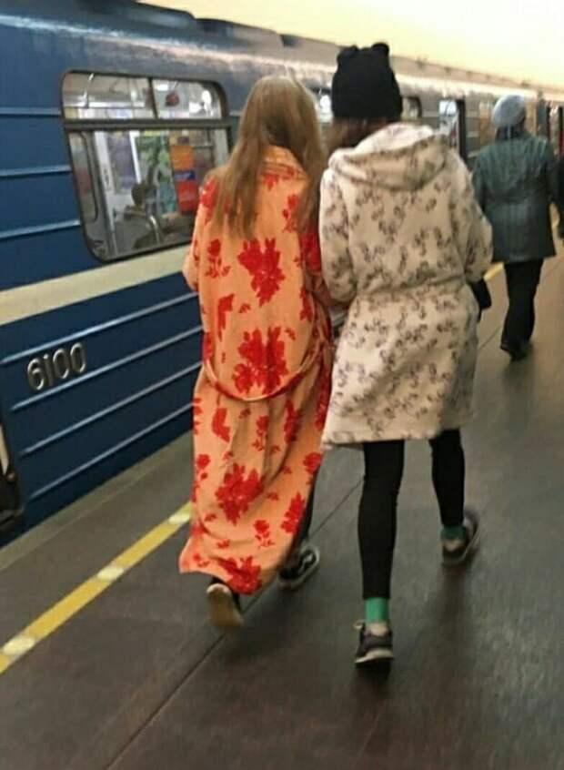 22 стильных пассажира метро Санкт-Петербурга