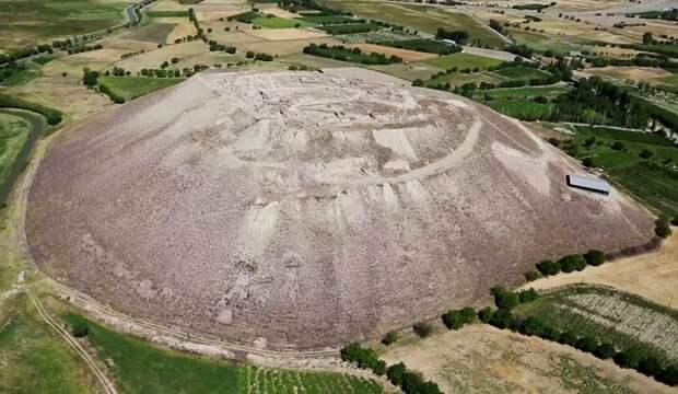 Норсун-Тепе - древнее сооружение, о котором мало что известно