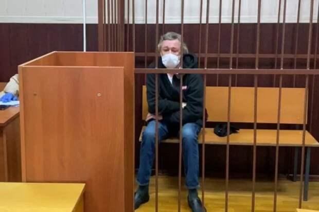 Ефремову грозит до 12 лет тюрьмы