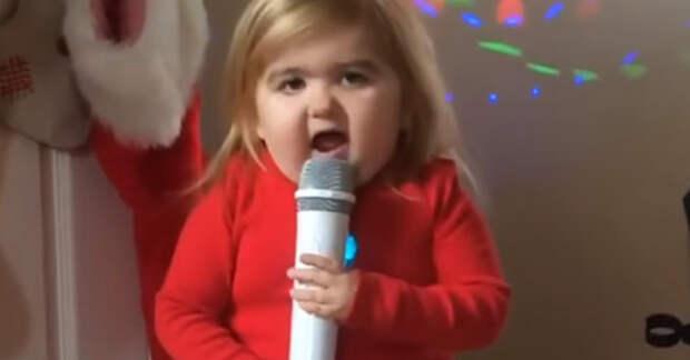 Самая зажигательная и забавная девочка в мире. Держитесь крепче чтобы не упасть со смеху