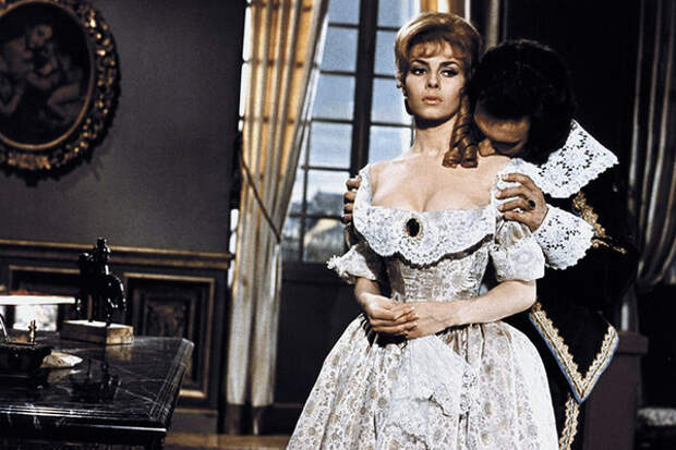 Самые незабываемые образы Анжелики в исполнении Мишель Мерсье