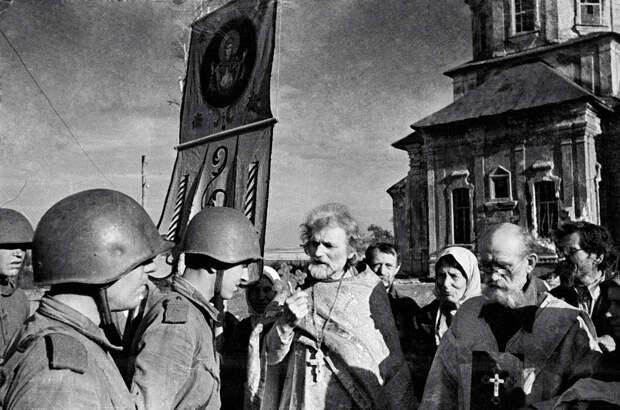 Почему Сталин реабилитировал Русскую Православную Церковь