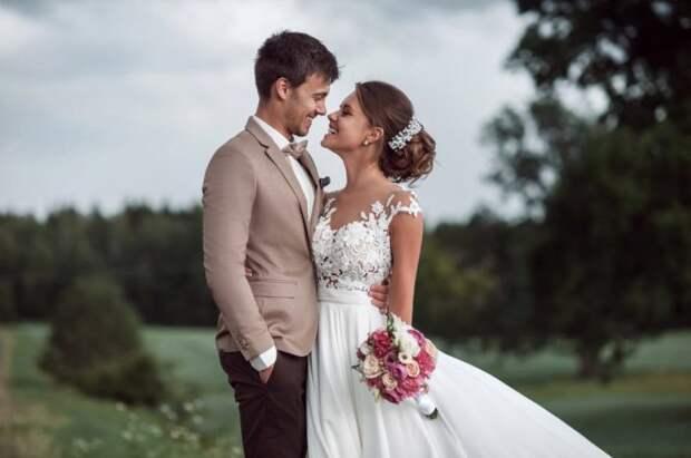 В России после отмены режима самоизоляции продажи свадебных платьев утроились