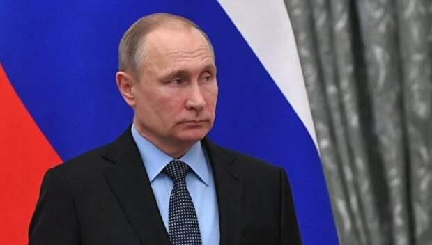 Путин попросил депутатов поддержать Медведева