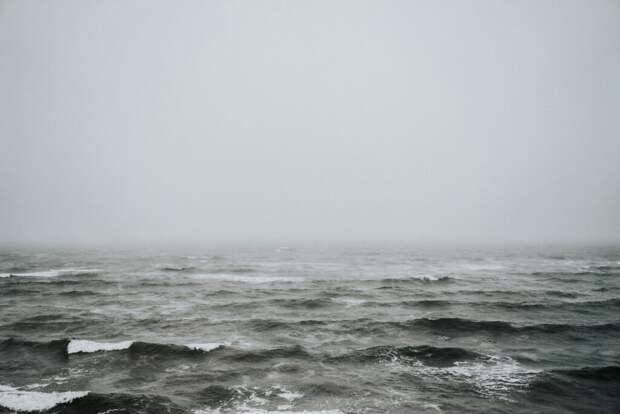Россиянин одолел 20 км по океану и вплавь добрался до Японии с Курильских островов
