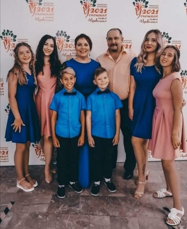 Представители Удмуртии стали третьими на конкурсе «Успешная семья Приволжья 2021»