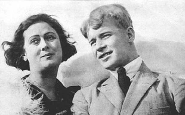 Сергей Есенин и Айседора Дункан: Почему бурный роман закончился трагическим финалом