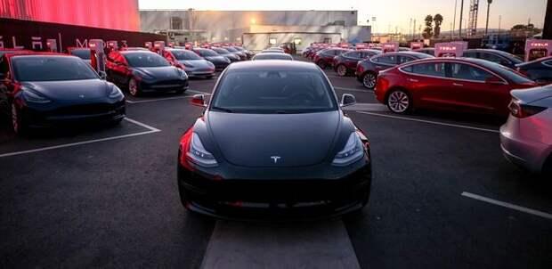 Tesla сообщила цены на Model 3. Но купить ее не дает