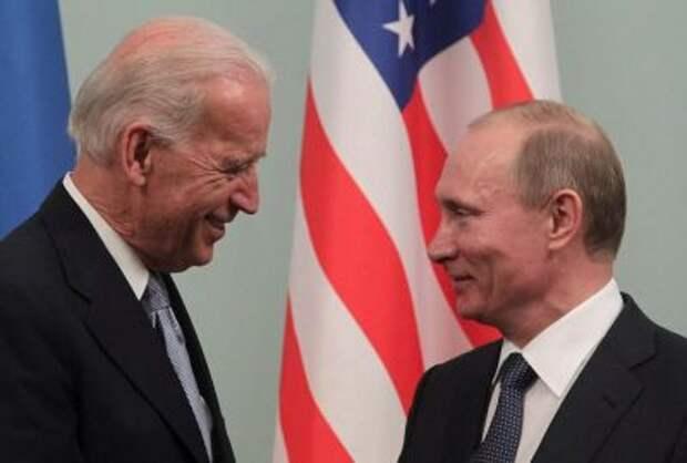 Путин поздравил Байдена с победой