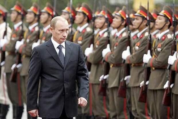 Президент Путин во время своего визита во Вьетнам, 2006 год