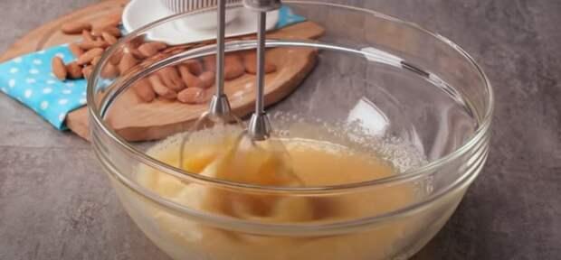 Торт «Птичье молоко» — легкий и воздушный десерт, который стоит попробовать