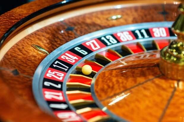 Экс-начальник ижевской полиции ответит перед судом за помощь организаторам казино