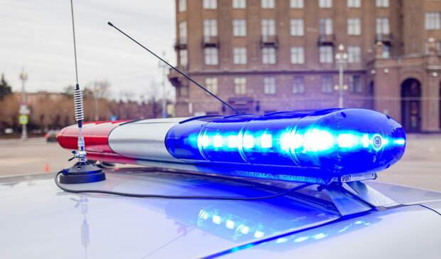 Омские полицейские стреляли поколесам для остановки ночного гонщика