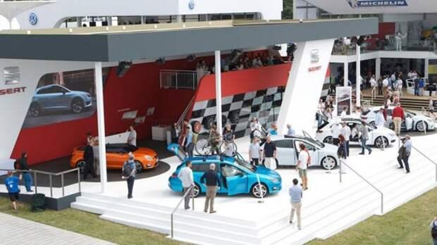 На фестивале скорости в Гудвуде SEAT показал Mii by Mango и SEAT Ibiza CUPster