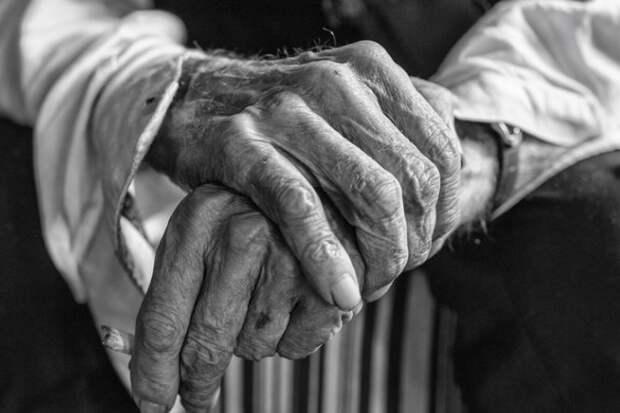 Учёные узнали, после какого возраста риск смерти перестаёт возрастать