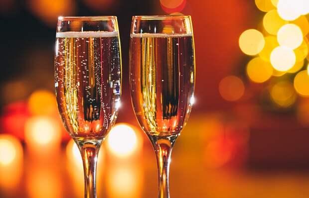Почему от шампанского болит голова