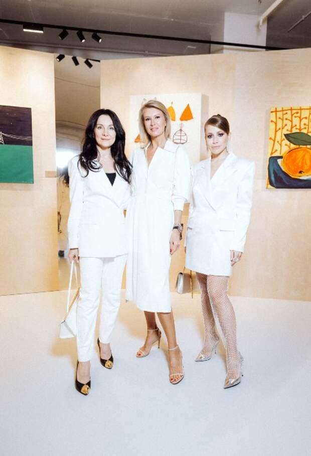 Рената Литвинова, Андрей Малахов с женой и другие на открытии нового арт-пространства