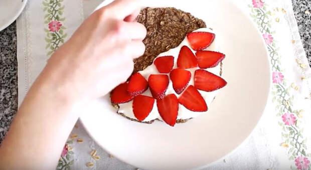 Низкокалорийный завтрак: рецепт диетических овсяных блинчиков