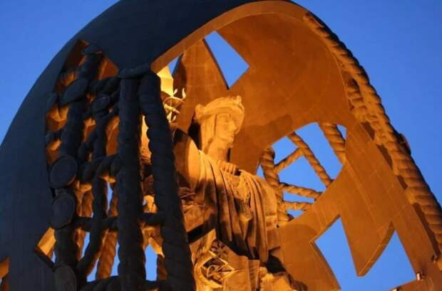 5 самых высоких статуй планеты