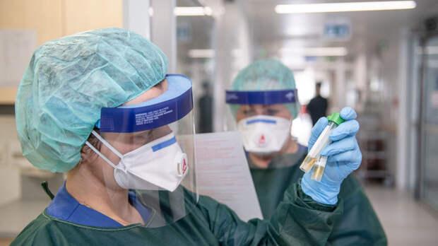 """Коронавирус - новое биооружие США? Обстоятельства эпидемии """"уханьского синдрома"""" навели на подозрения"""