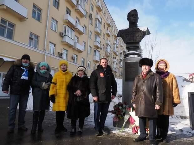 В Щукине возложили цветы к памятнику  Маршалу Советского Союза Александру Василевскому