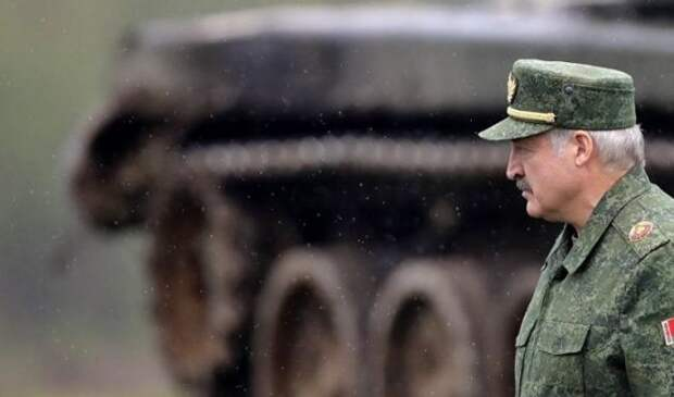 Лукашенко: Приходится готовиться квойне