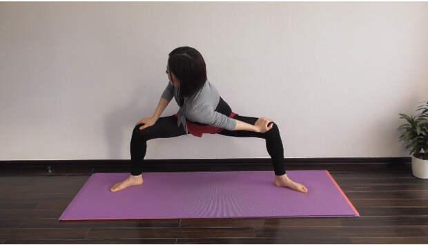 Всего одно упражнение для подтягивания мышц спины, живота и талии