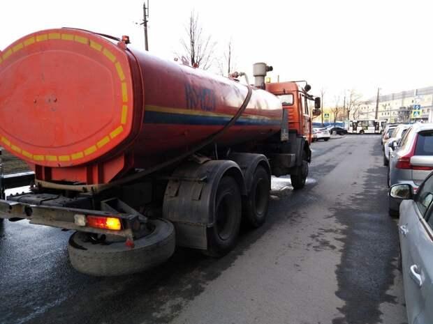 Третья неделя весенней уборки завершилась в Петербурге
