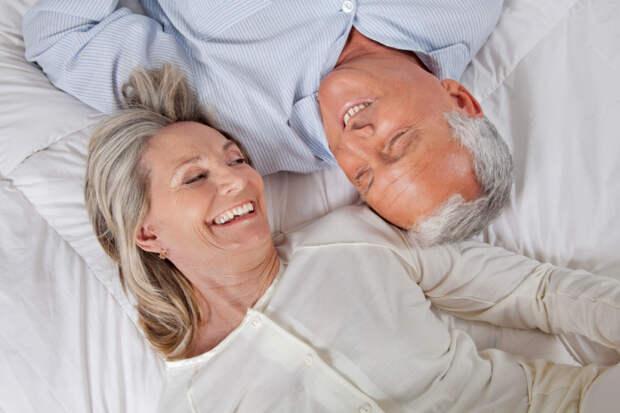 """""""Они жили долго и счастливо"""": ученые назвали самый счастливый период в браке"""