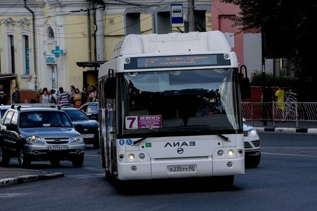 Новые автобусы для Симферополя разобрали на запчасти