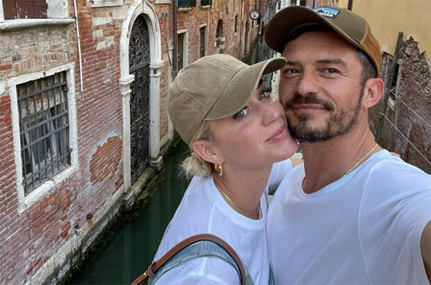 Пицца, поцелуи, романтика: Орландо Блум и Кэти Перри отдыхают в Венеции