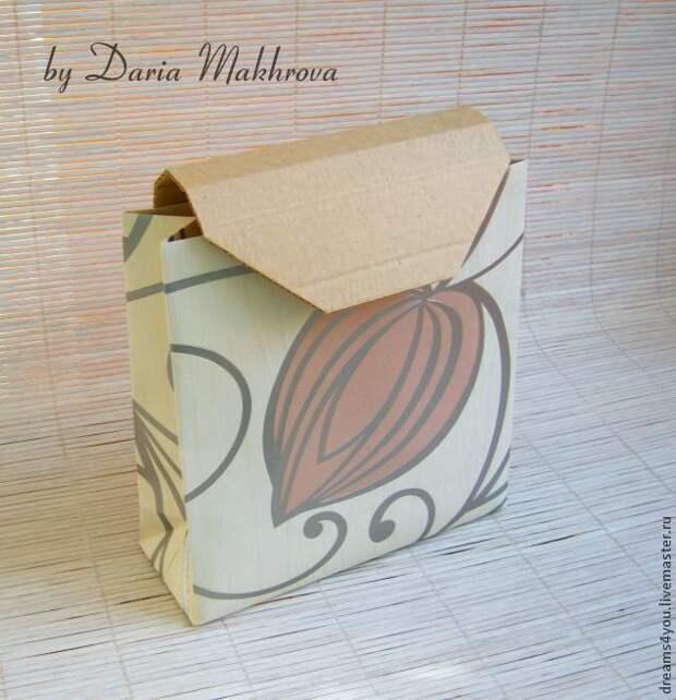 Подарочная упаковка. Бумажный пакет с крышкой