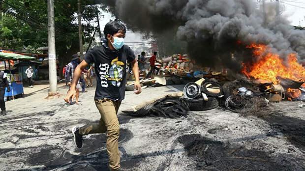 Военные и демократический терроризм: кому сочувствовать в Мьянме