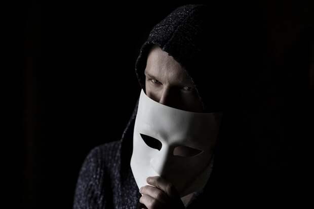 Хакеры пытаются сбыть 4 млрд телефонных номеров соцсети Clubhouse