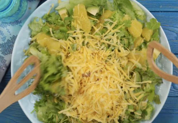 Порылись на овощной полке и сделали салаты из ничего