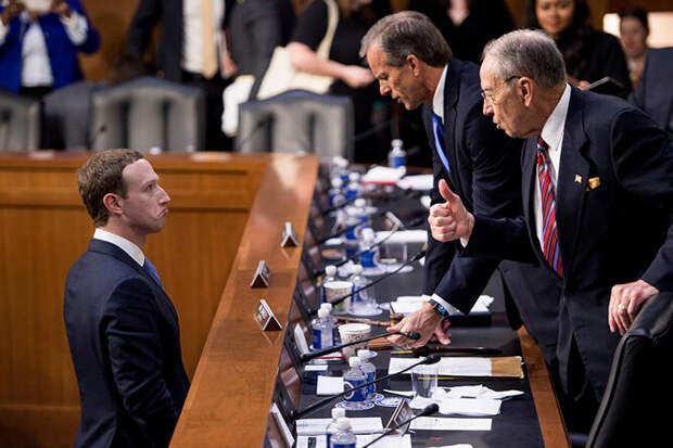«Олицетворение зла»: Демократы приступают к зачистке Facebook