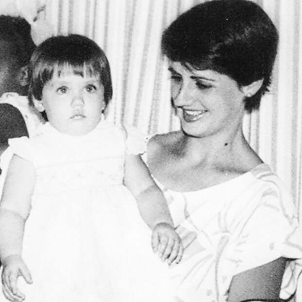8 фактов о новой девушке Джеймса Бонда Ане де Армас