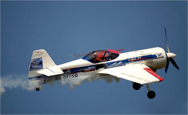 Су-31 — спортивно-пилотажный самолет сборной России по высшему пилотажу