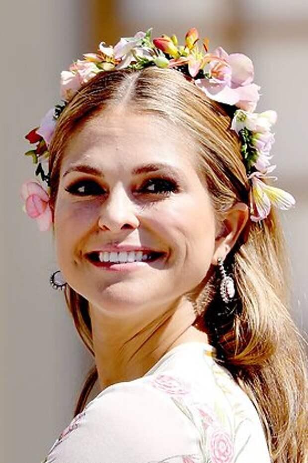 Шведская принцесса показала подросшего красавца-сына