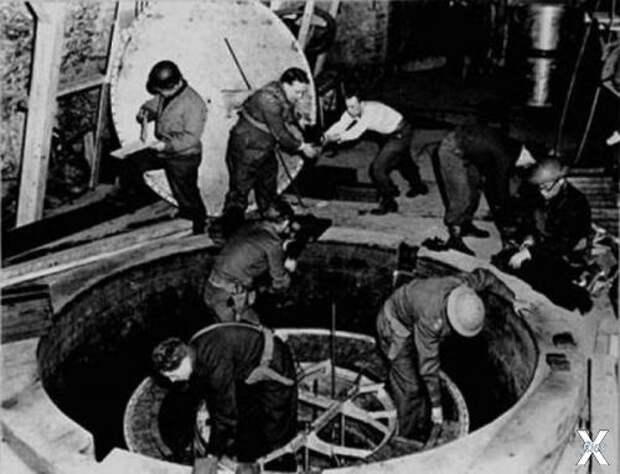 Немецкий экспериментальный ядерный ре...
