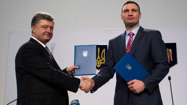 Кличко - президент, Порошенко - премьер. Грозит ли Зеленскому госпереворот после выборов в США
