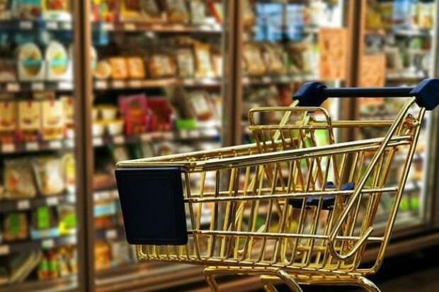 Идея «продуктов в кредит»: за колбасу и хлеб заставят продать квартиру