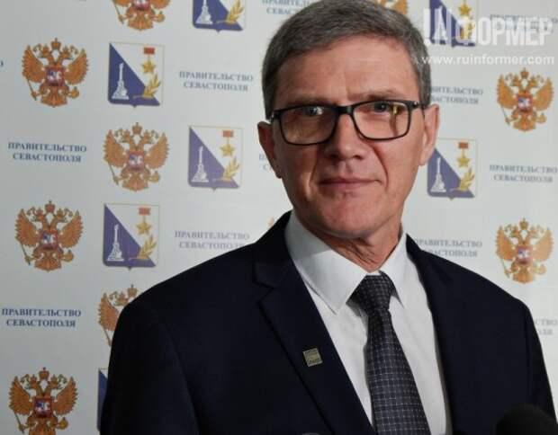 Губернатор Севастополя представил «старо-нового» главу департамента