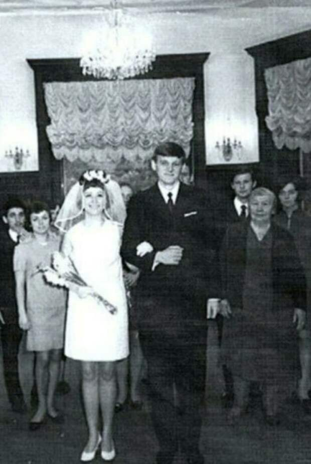 Почему Алла Пугачёва развелась с отцом Кристины Орбакайте